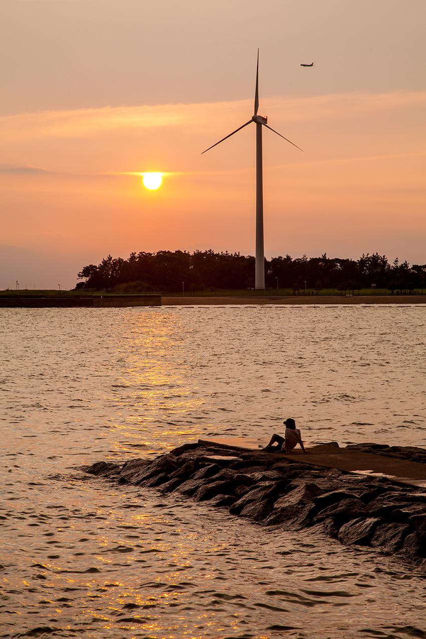 ①:たそがれ 金原 智 撮影場所:愛知県知多市緑浜町