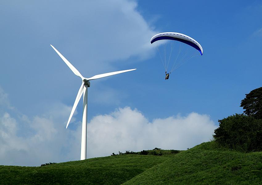 ①:風に乗って 河本 泉 熊本県阿蘇郡西原村
