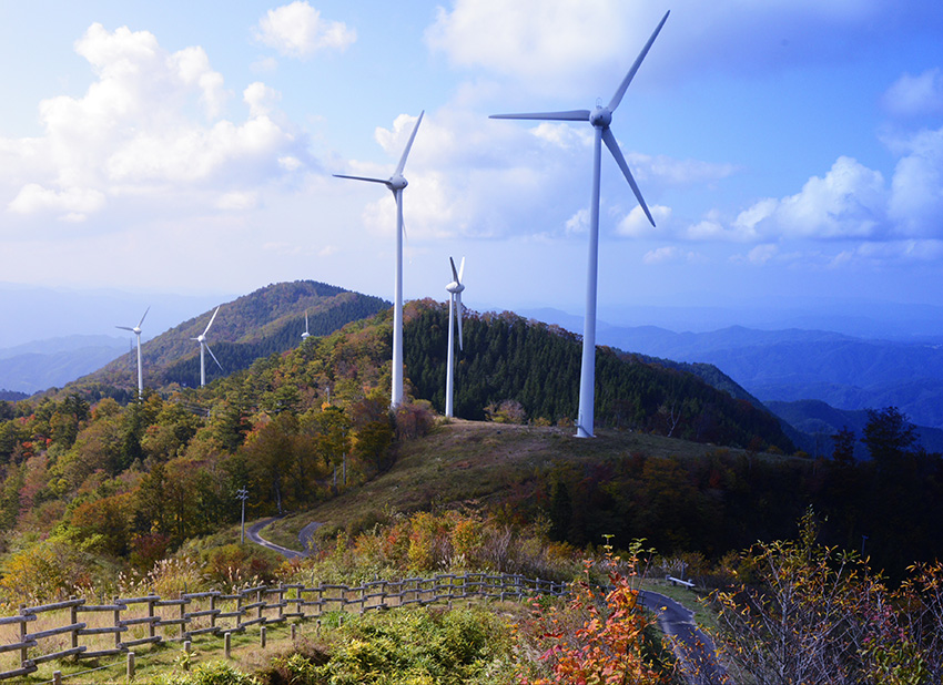 ⑪:風のある丘 吉田 宏 撮影場所:岐阜県恵那市